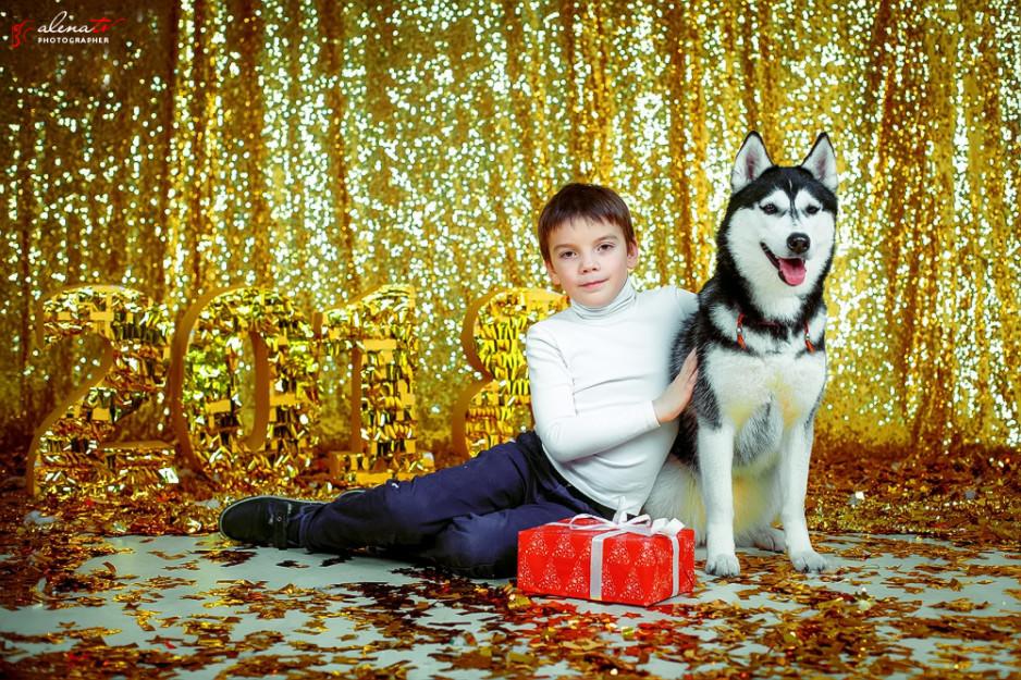 фотосъемка мальчика в новогодней студии