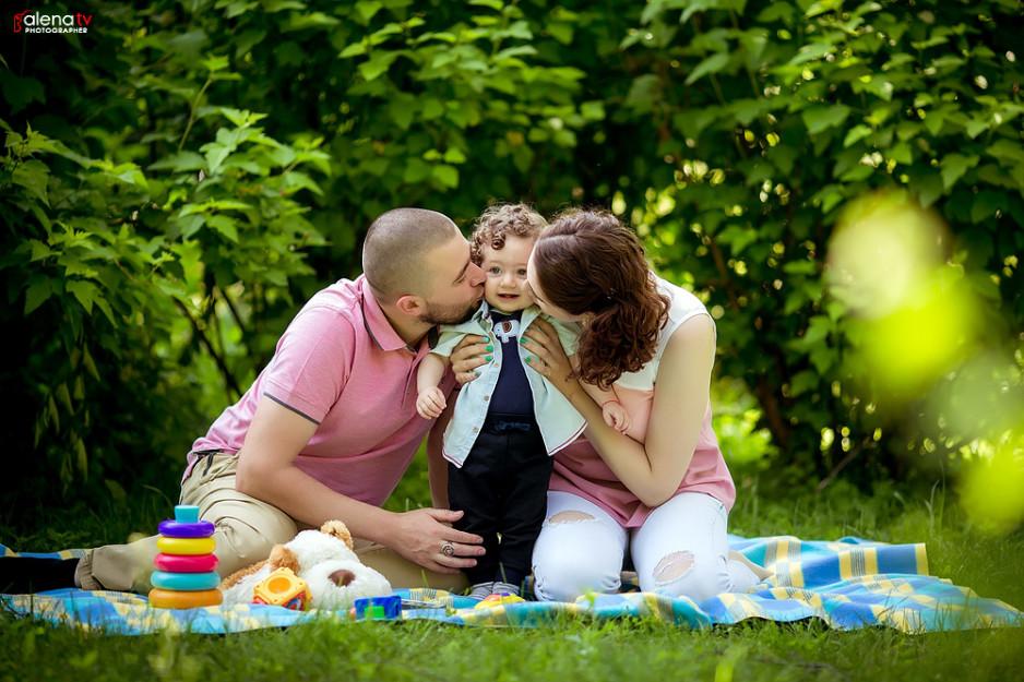семейная фотосессия в парке им. М. Островского