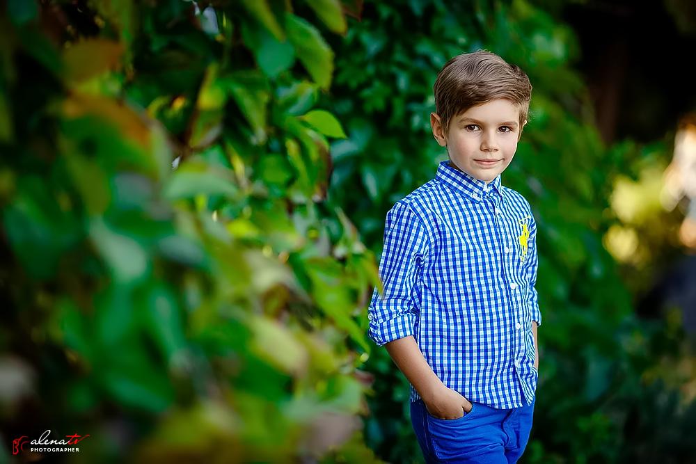 фото мальчика на природе