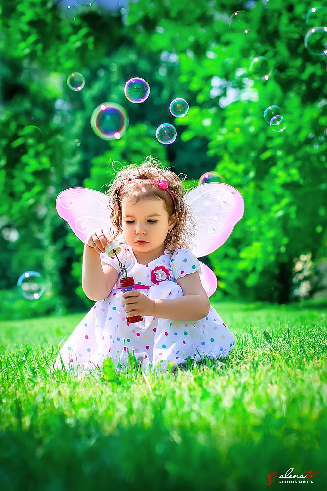 девочка с крыльями фото