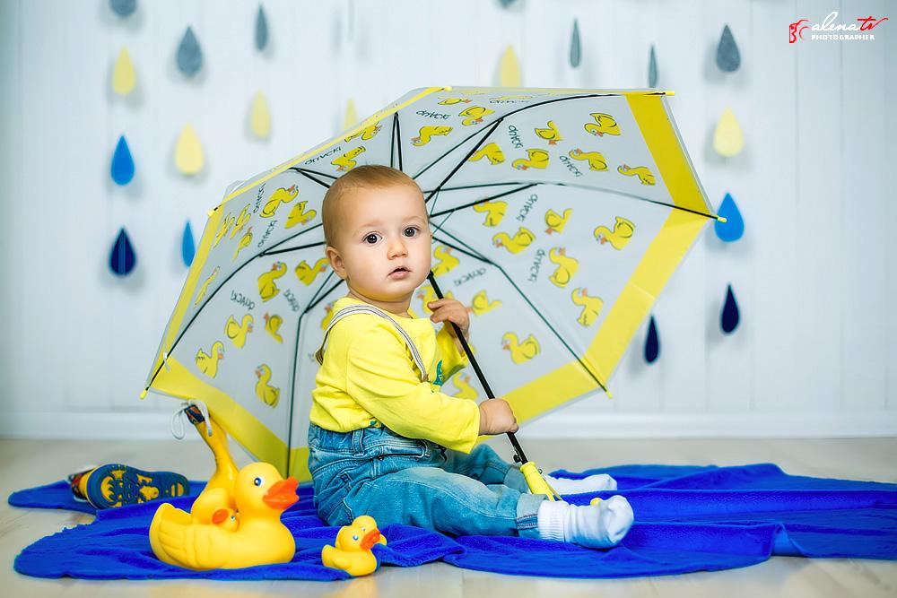 малыш под зонтом фотосессия