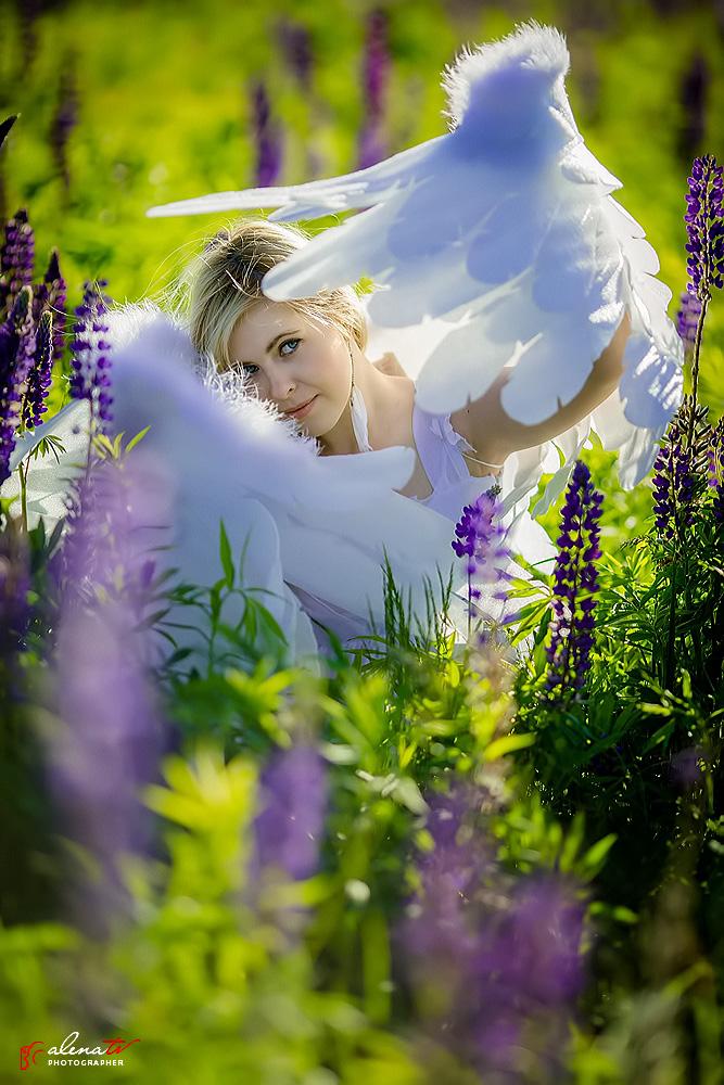девушка с крыльями ангела фото