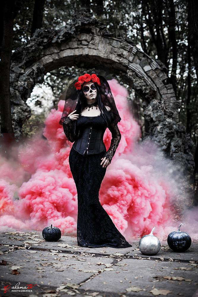 Фотопроект Halloween в стиле Santa Muerte