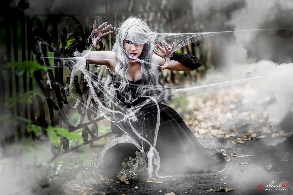 фотопроект с девушкой-пауком