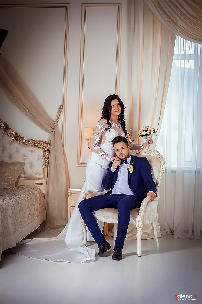 свадебная фотосессия в комнате